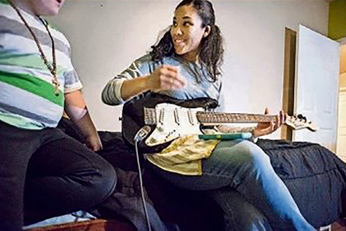 briana-guitar